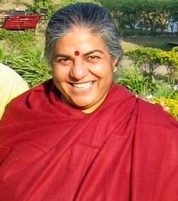Vandana_Shiva,_environmentalist,_at_Rishikesh,_2007